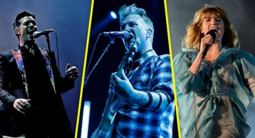 Ya puedes escuchar los discos tributo a Elton John con The Killers, QOTSA, Florence + The Machine y más