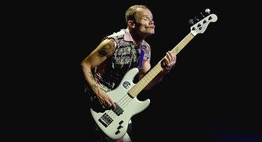 Flea de los Red Hot Chilli Peppers finalmente publicará su biografía 