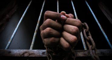 Por 20 años, este padre mantuvo a su hijo en una jaula
