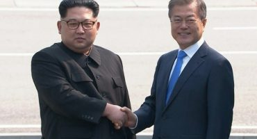 Kim Jong-un y Moon Jae-In acuerdan desnuclearizacion;