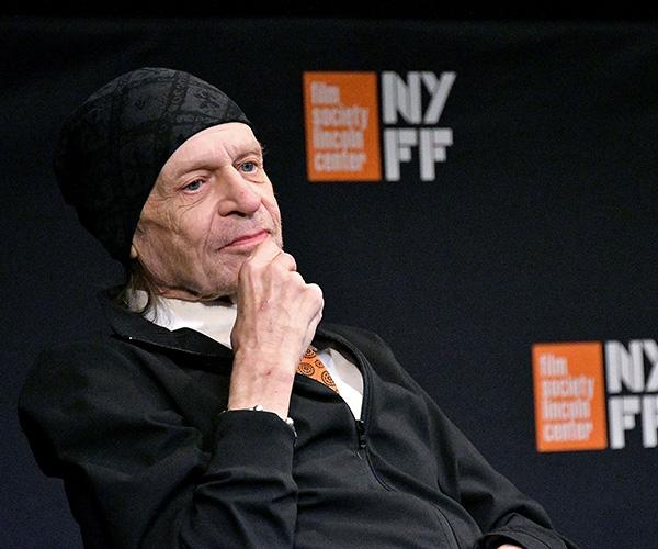 ¿Quién estuvo detrás del genio de Stanley Kubrick? El tráiler de 'Filmworker' lo revela