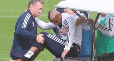 ¡Se prenden las alarmas en Munich! Arturo Vidal salió lesionado del entrenamiento