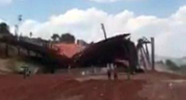 En Atlacomulco, Estado de México, construcción colapsa... el día de su entrega, costó 10 mdp