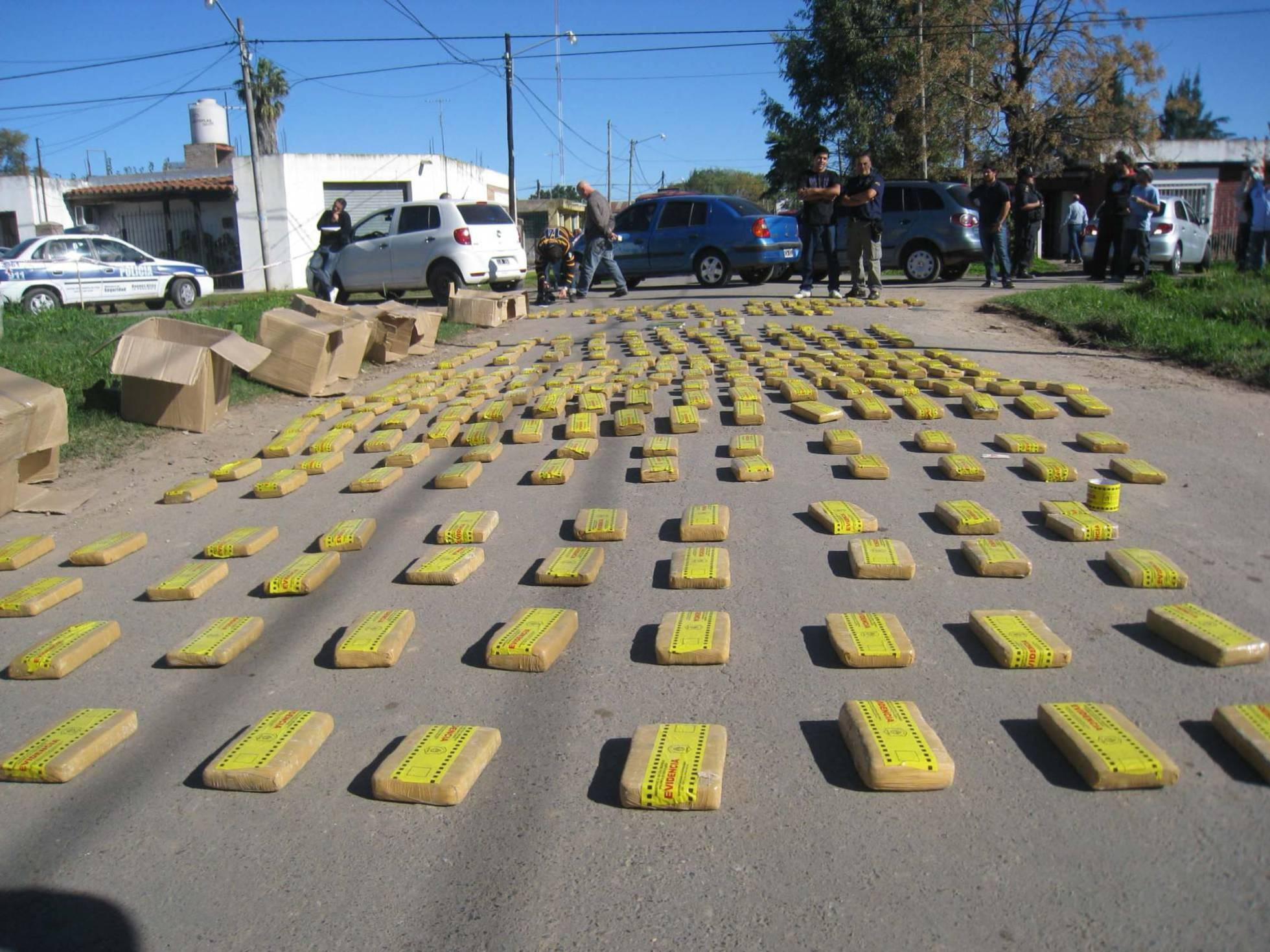 Marihuana decomisada en Pilar, Argentina