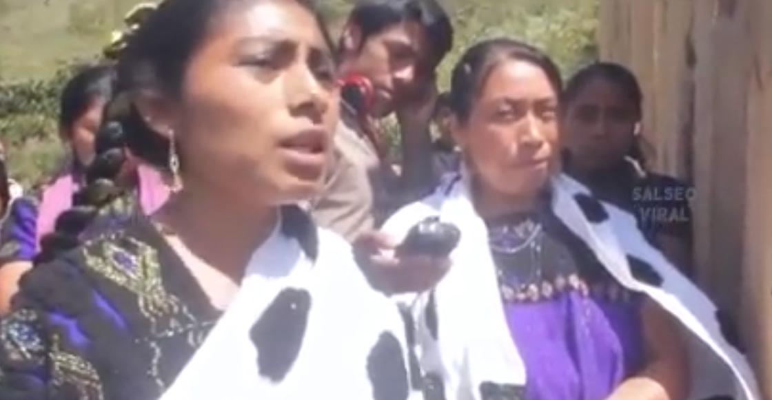 """""""Sirvan al pueblo, no al poder"""": Las palabras de una mujer chiapaneca a los soldados militares"""
