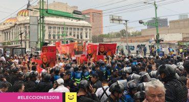 Trabajadores de la CDMX habrían sido presionados para manifestarse contra AMLO, revela Univisión