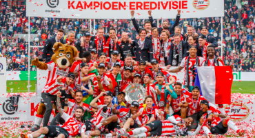 Chucky Lozano campeón de la Eredivise  con el PSV