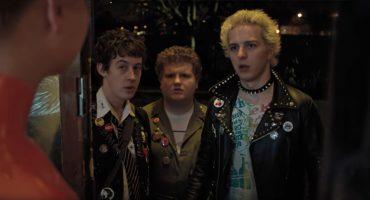 Punk Revolution! Mira el extraño tráiler de 'How To Talk To Girls At Parties'