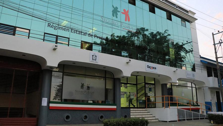 No se vayan a maltratar: En Oaxaca hay equipo medico que está almacenado desde el 2009