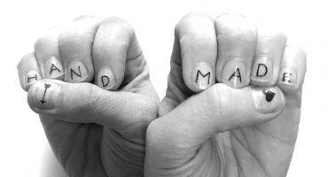 Por si ocupan, las uñas también se pueden tatuar… y ni duele
