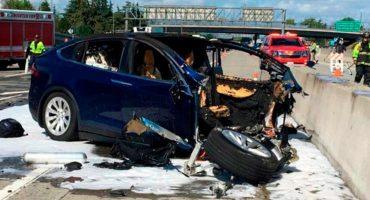 Aun con piloto automático, un Tesla choca y provoca la muerte de un hombre