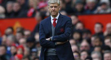Triste adiós de Old Trafford para Wenger, Fellaini anotó el del gane en tiempo añadido