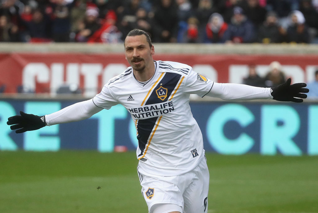Zlatan-Ibrahimovic-Los-Angles-Galaxy-Gol