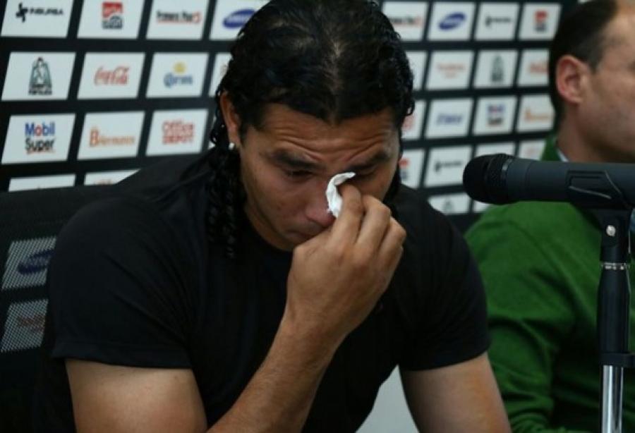 ¡Demasiadas copas! 🍸 Gullit Peña ingresa a clínica de rehabilitación