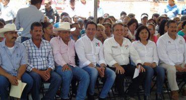 Lo que faltaba: líder del PRI en Morelos estrella su auto por conducir en estado de ebriedad