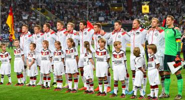 Sin su último héroe y con Neuer, Alemania dio prelista para Rusia 2018