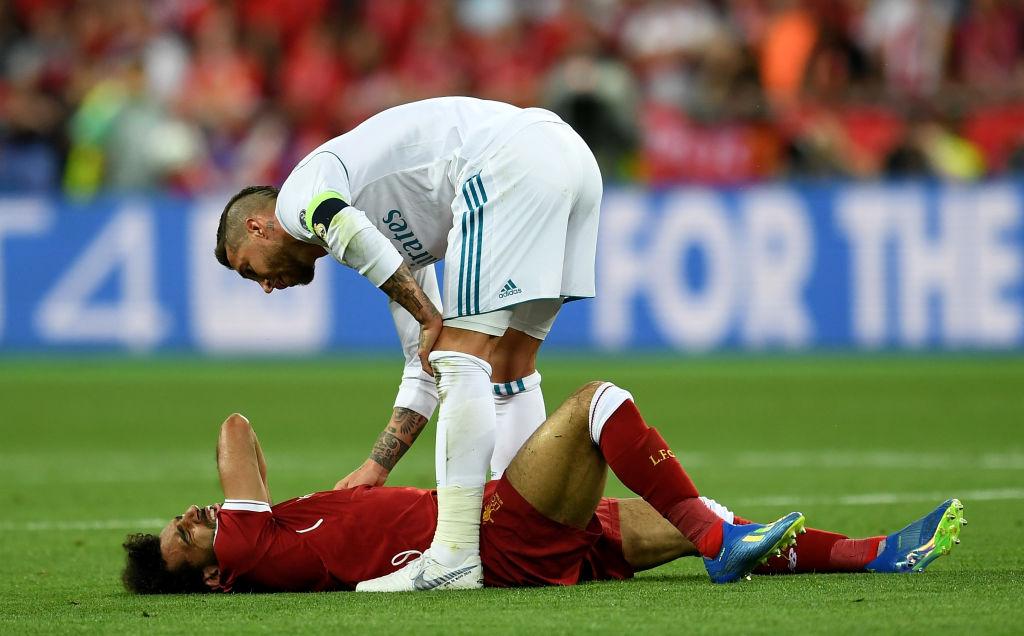 Sergio Ramos es amenazado de muerte por lesionar a Salah