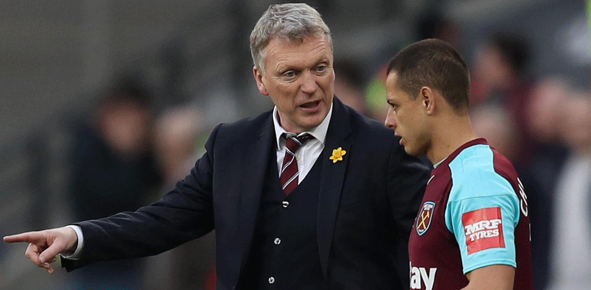 David Moyes y su problema con 'Chicharito'