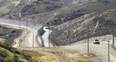 ¿Una coperacha para construcción del muro? Esto es lo que propone una congresista