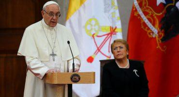 Dimisión masiva sin precedentes: obispos de Chile presentan renuncia al papa Francisco