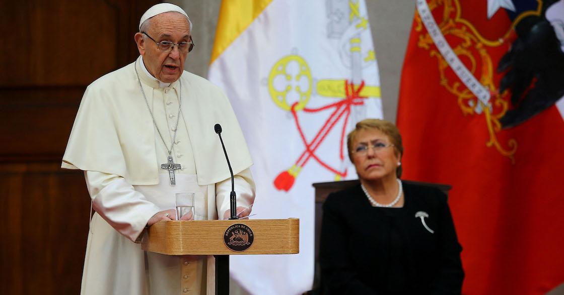 Papa Francisco dimisión de sacerdotes en Chile caso Juan Barros