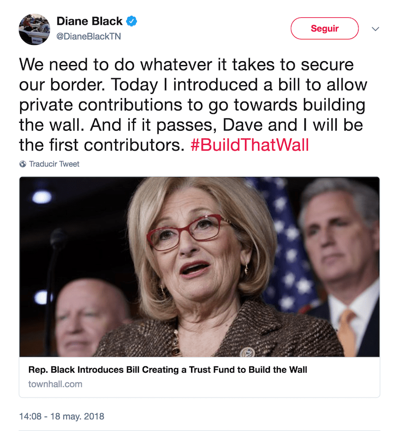 Tuit construcción del muro Diane Black