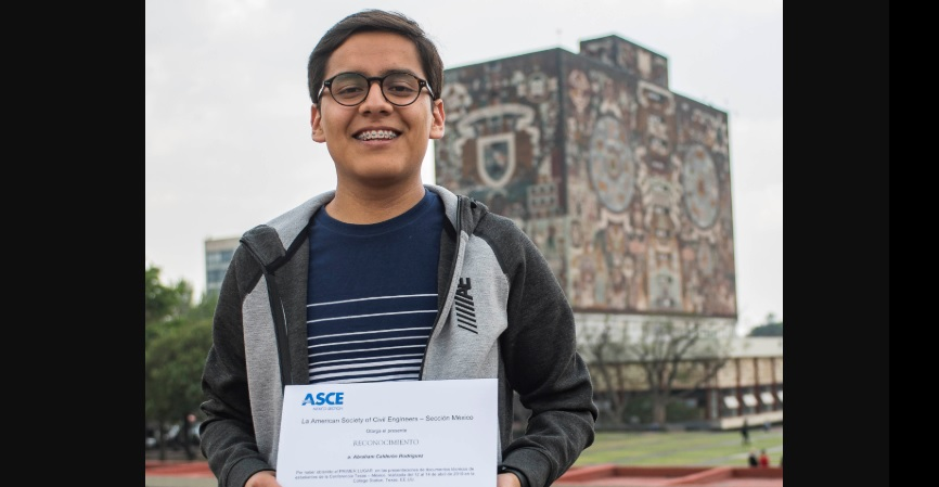 Abraham Calderón, estudiante UNAM