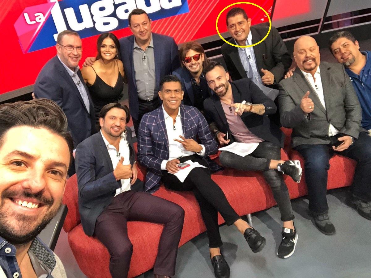 Gilberto Alcalá y equipo de La Jugada