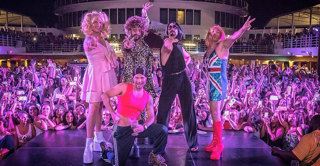 Everybooody… if you wannabe my lover! Los Backstreet Boys se disfrazan de las Spice Girls