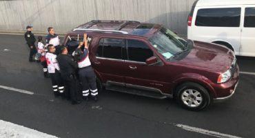 Otro día en la CDMX: en pleno Viaducto, abandonan camioneta con cadáver de víctima de secuestro