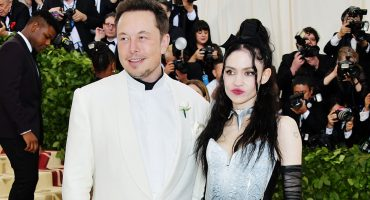 Awkward nivel: Elon Musk y Grimes en la alfombra roja de la Met Gala 2018