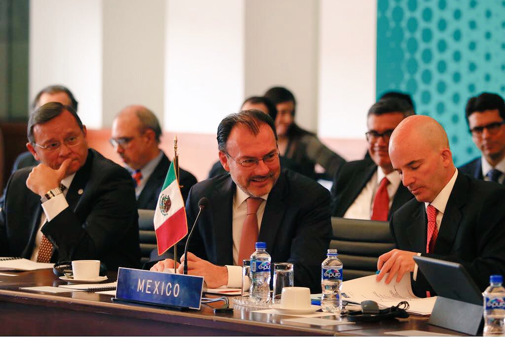 Videgaray en sesión del Grupo de Lima