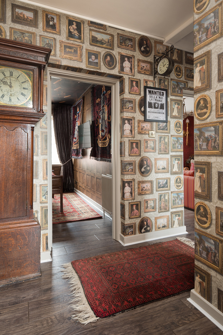 Esta casa con temática de Harry Potter te hará sentir como si te hubieran aceptado en Hogwarts
