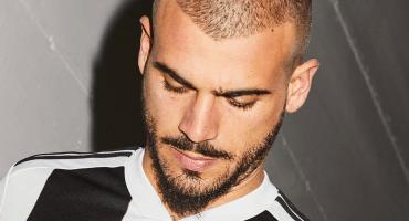 Tras conquistar la Serie A ooootra vez, Juventus presentó su nuevo uniforme