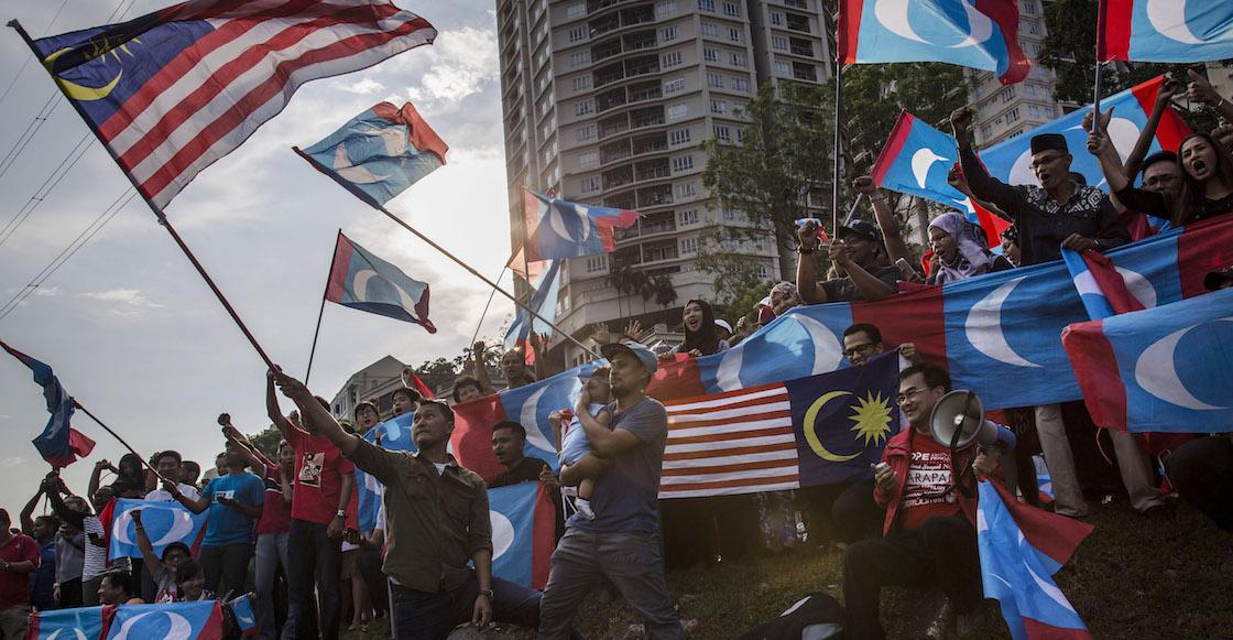 Malasia organiza coperacha para sacar adelante su deuda externa
