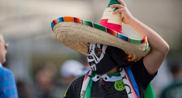 ¡Uuuy, así que chiste! Rusia prohíbe a mexicanos usar máscaras de lucha libre