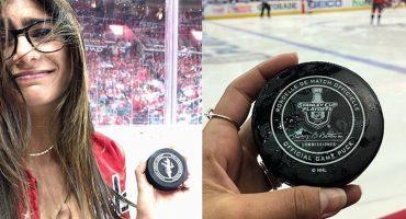 ¡Lonooool! Un disco de hockey le reventó un implante a Mia Khalifa 😰