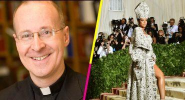 El colmo de los colmos: Le llovieron piropos a un sacerdote por su 'outfit' en la Met Gala 😂