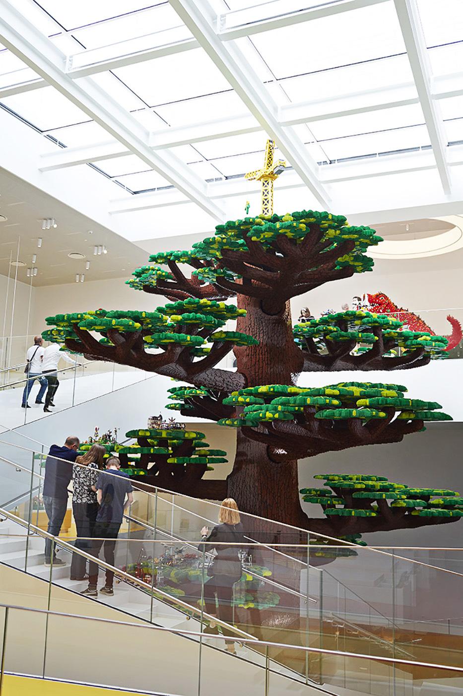 Arbol de la Creatividad LEGO