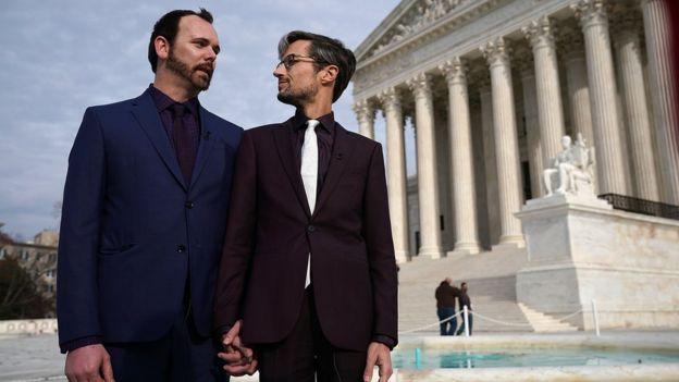 Tribunal de EU da la razón a pastelero que se negó a trabajar para pareja gay