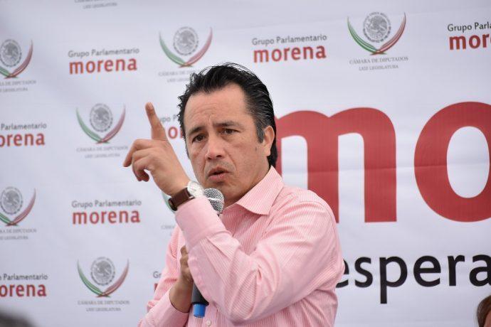 Citan a Cuitláhuac García por masacre de Minatitlán; dice gobernador de Veracruz que es absurdo