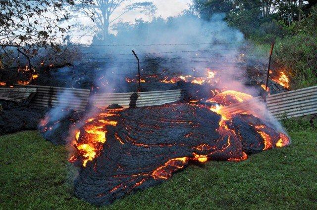 Erupción Volcán de Fuego Guatemala lava