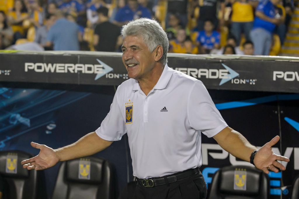 Tuca Ferretti está en contra de la regla 20/11 de la Liga MX