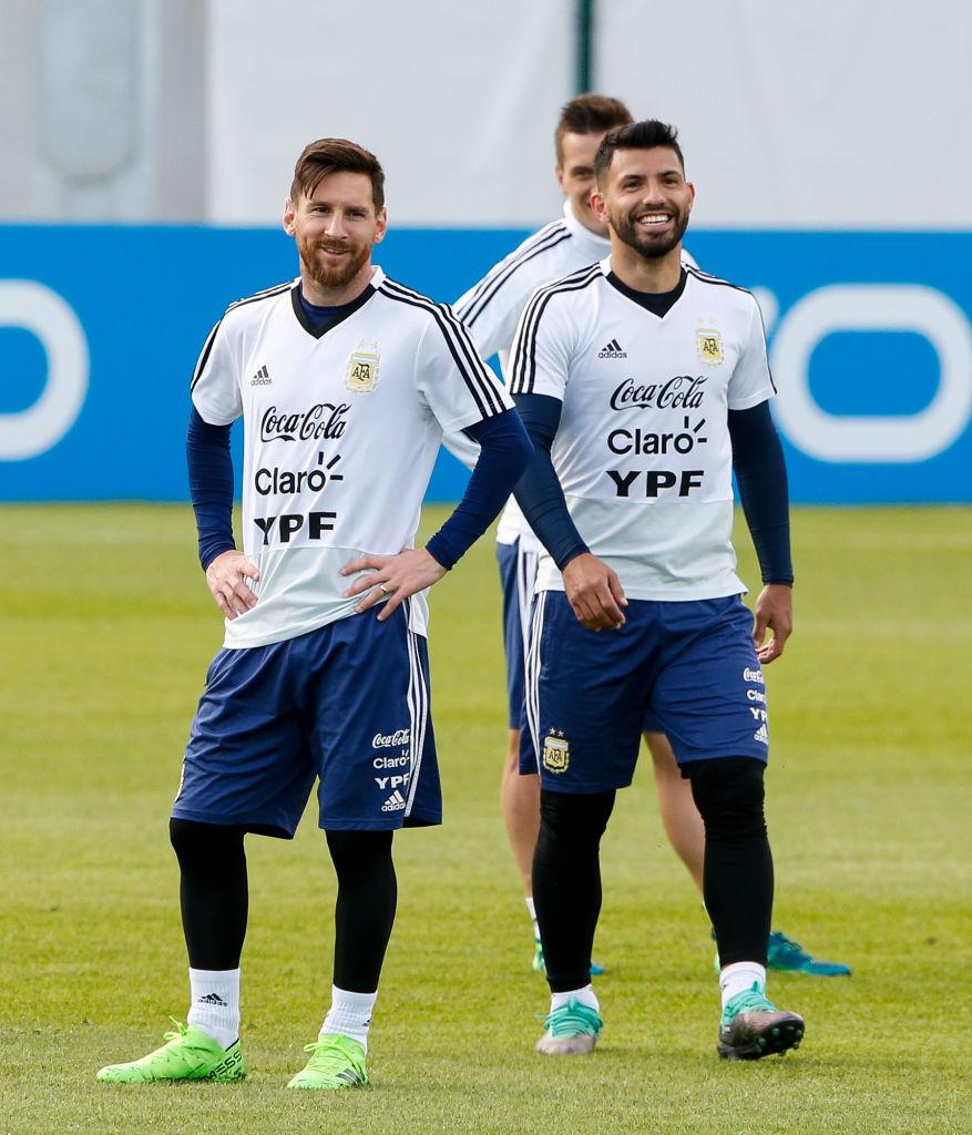 Kun Aguero será titular con Argentina