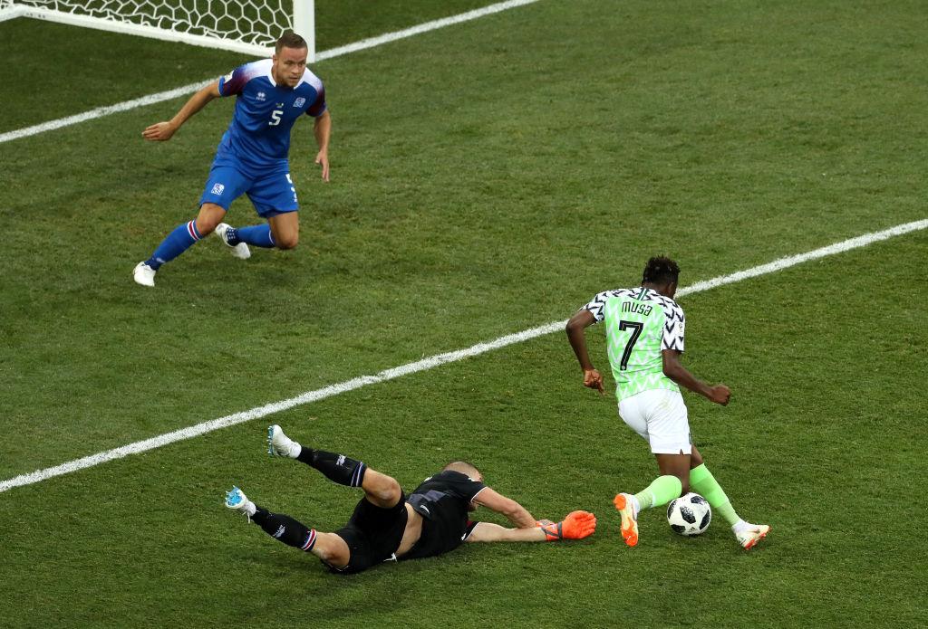 Ahmed Musa siempre marca gol cuando juega contra Argentina o Lionel Messi
