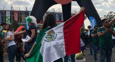 ¡Ambientado en el Azteca! Mexicanos y Escoceses conviven como uno mismo