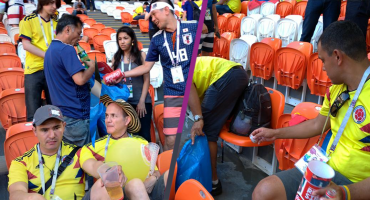 ¡Héroes sin capa! Fans japoneses y colombianos limpian estadio tras el Colombia vs Japón