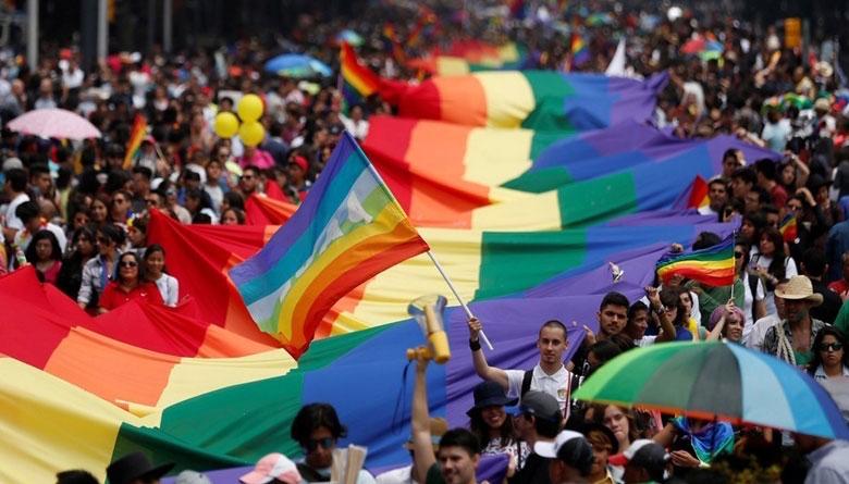 Marcha LGBTTTI México