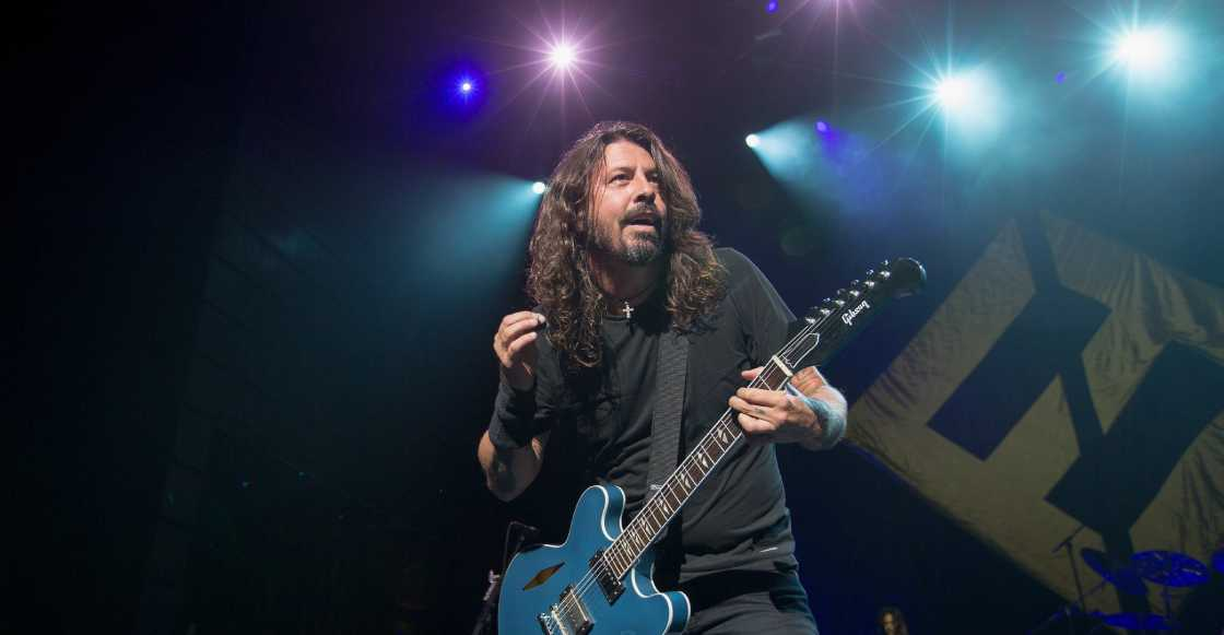 The Sky is a Neightborhood! Un meteorito cae durante un concierto de Foo Fighters