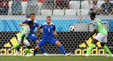 Nigeria puso en llamas el Grupo D con triunfo sobre Islandia